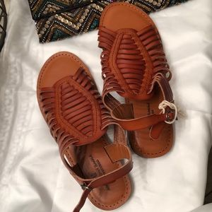 American Eagle Outfitters size 7 sandals